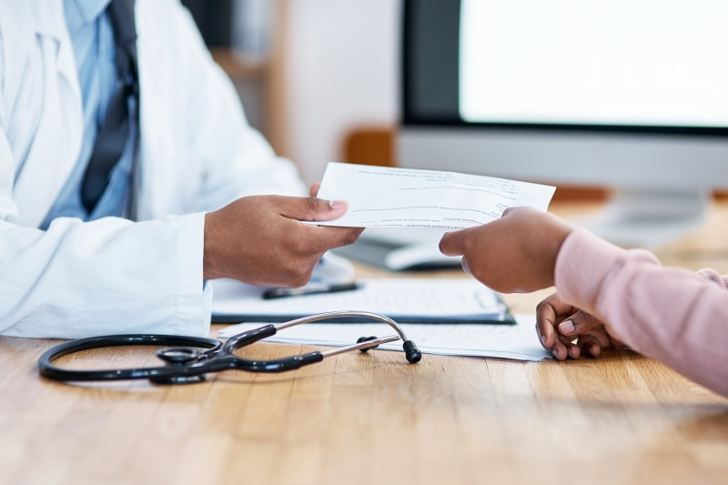Kontrola pracowników na zwolnieniach lekarskich przez agencję detektywistyczną